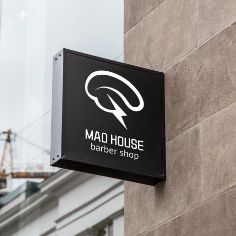 MAD HOUSE – Barber shop